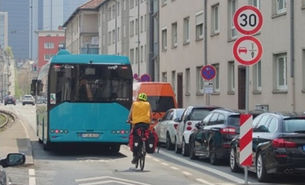 Mehr Sicherheit durch neue Verkehrsregeln in der Schlossstraße